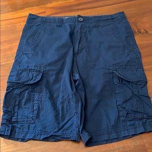 EUC MENS Cargo shorts size 31